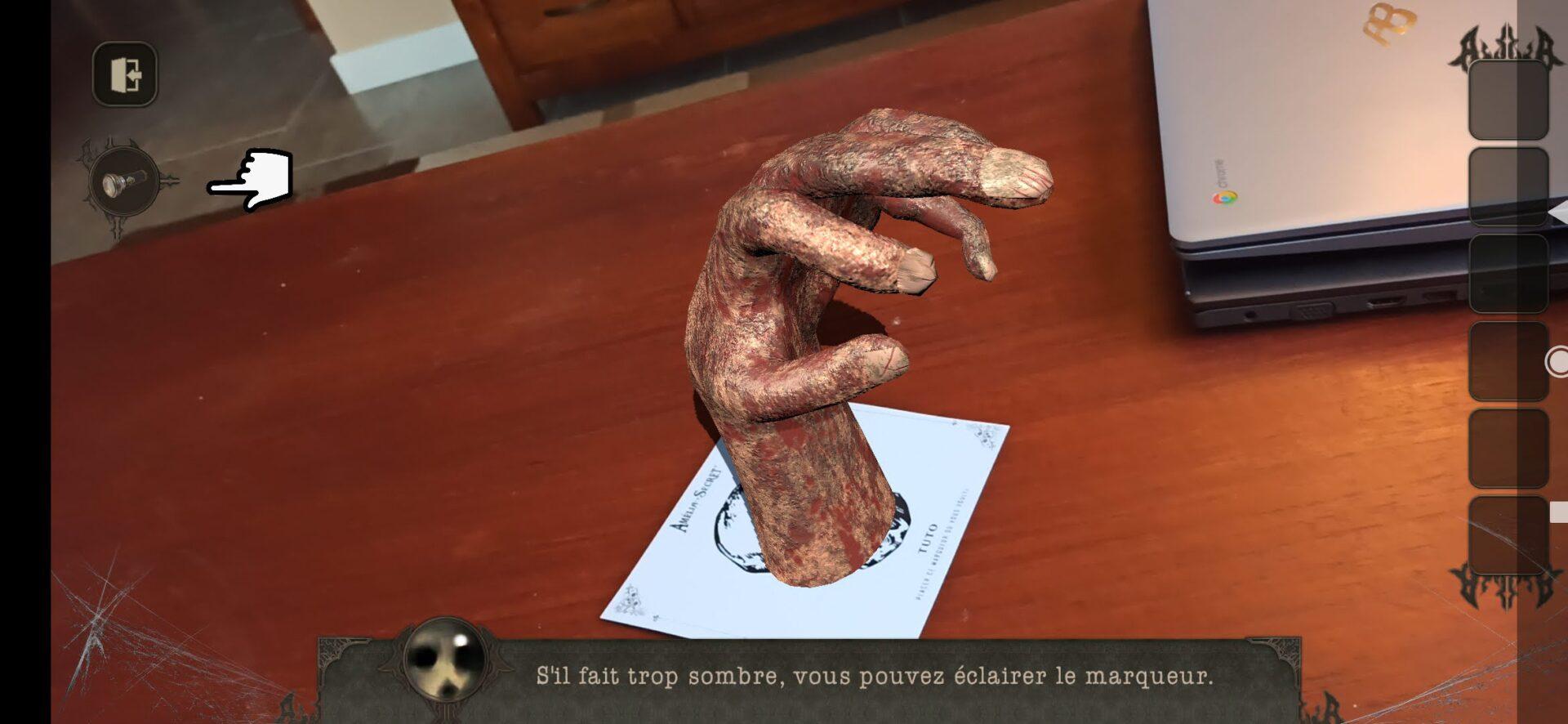La main bizarre !